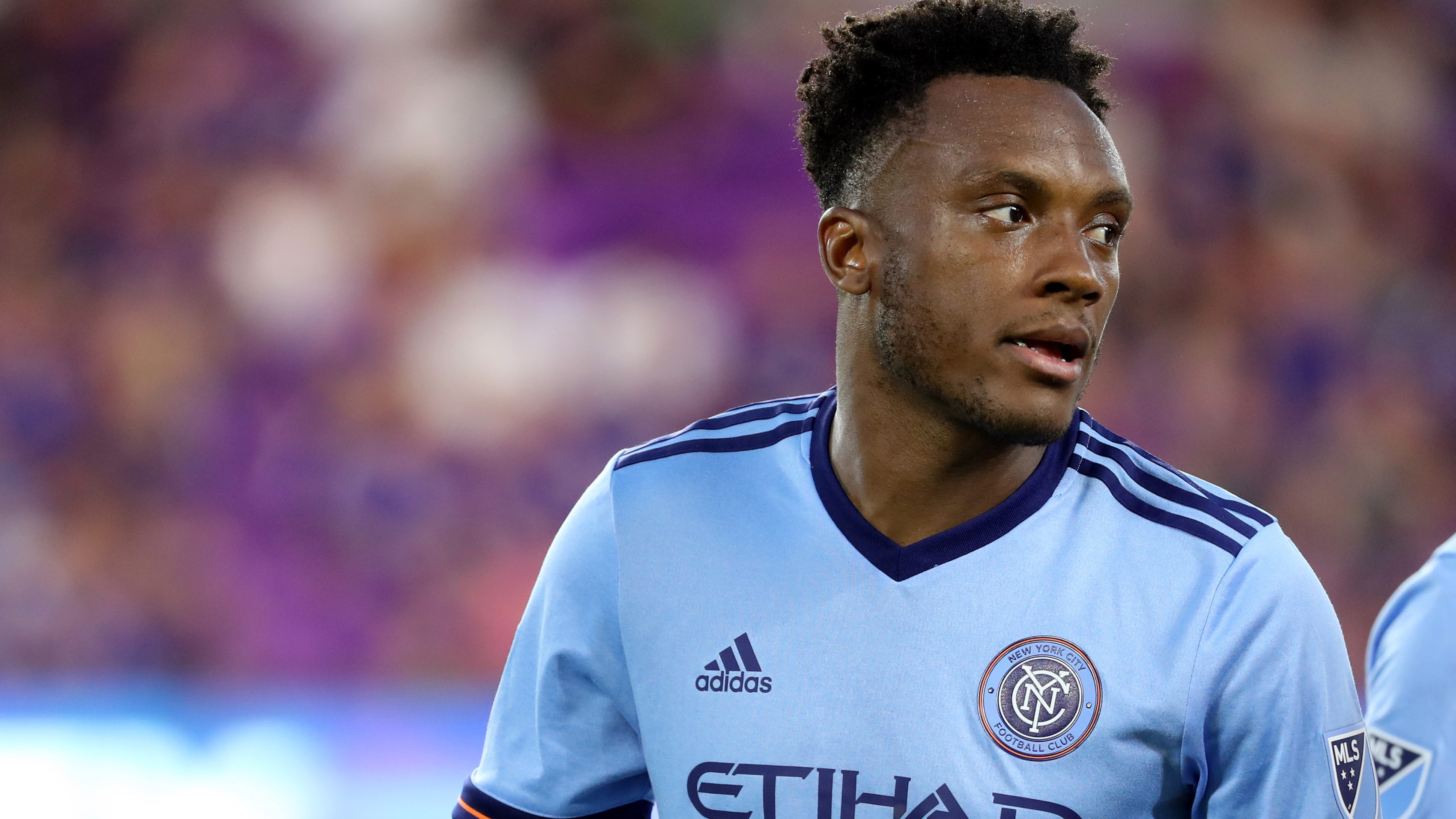 Sporting KC signs defender Rodney Wallace and trades for forward Erik Hurtado