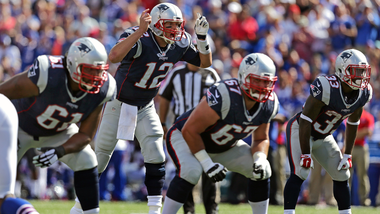 Tom Brady: Patriots offensive line 'doing a great job'