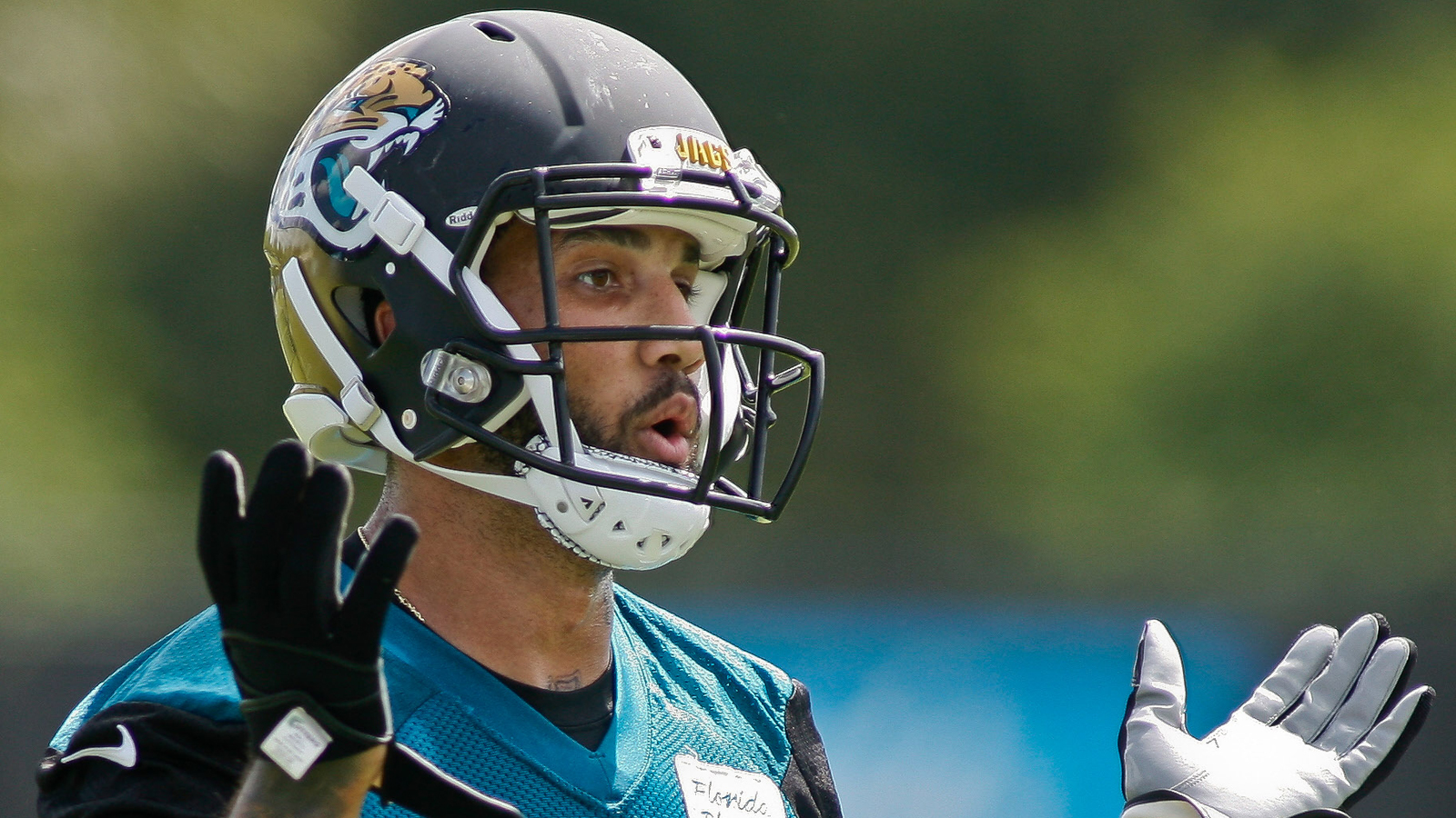 Jaguars waive Tandon Doss, 11 others to trim roster to 75