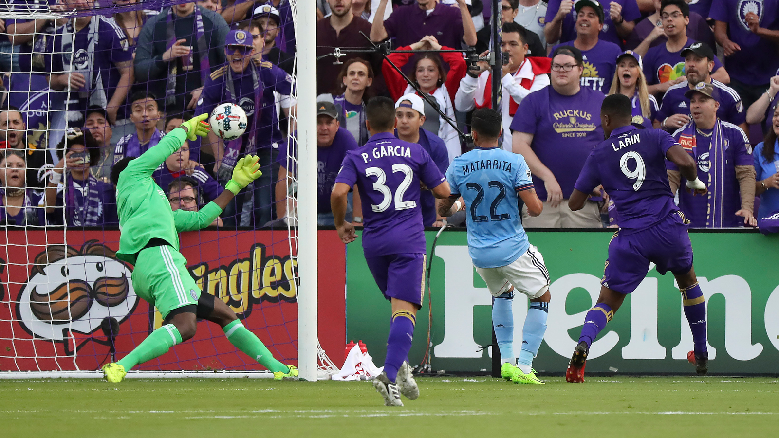 Cyle Larin helps Orlando City open new season, new stadium with win over NYCFC