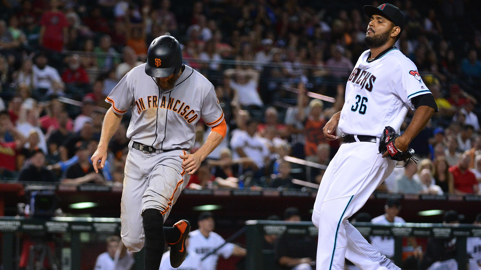 D-backs blow lead, lose to Giants in 12 innings