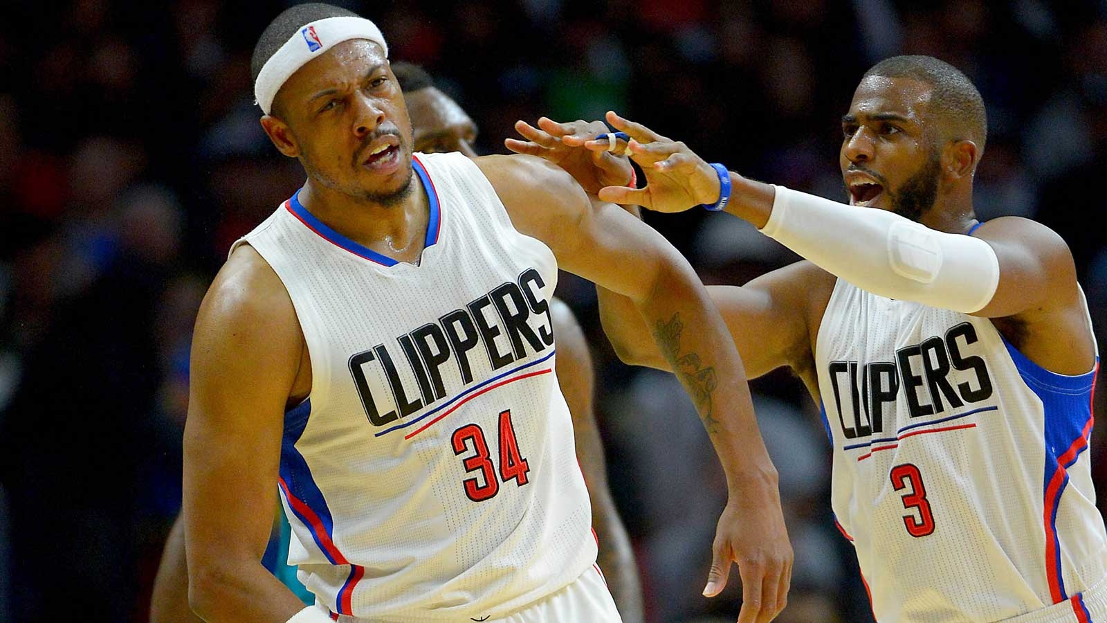 Paul leads Clippers over Hornets with 25 points