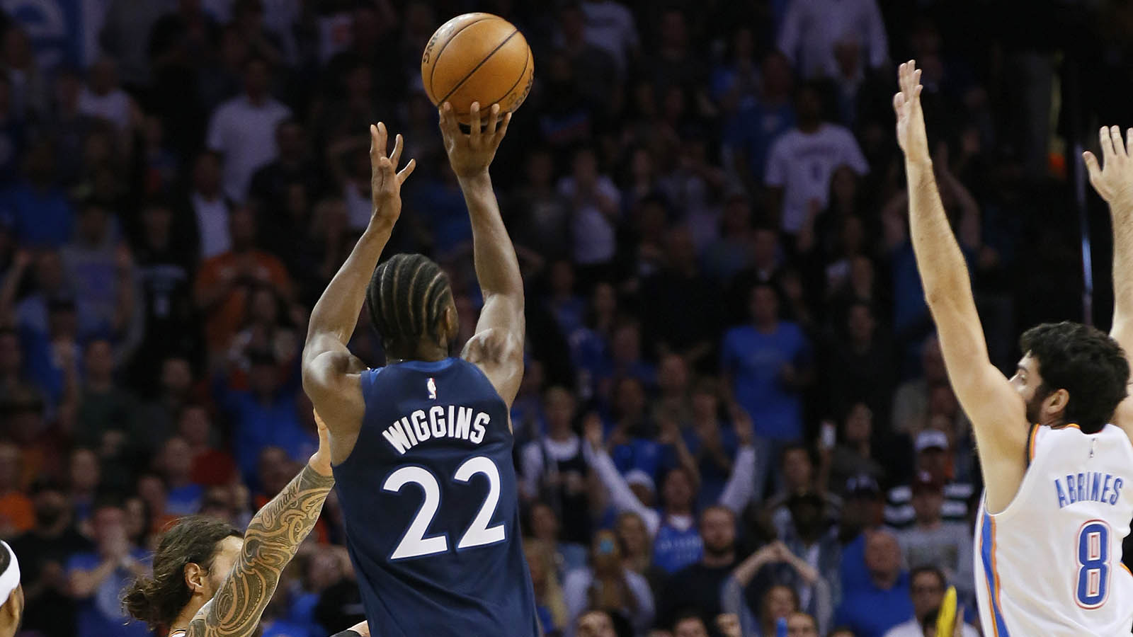 Wolves Twi-lights: Wiggins beats the final buzzer