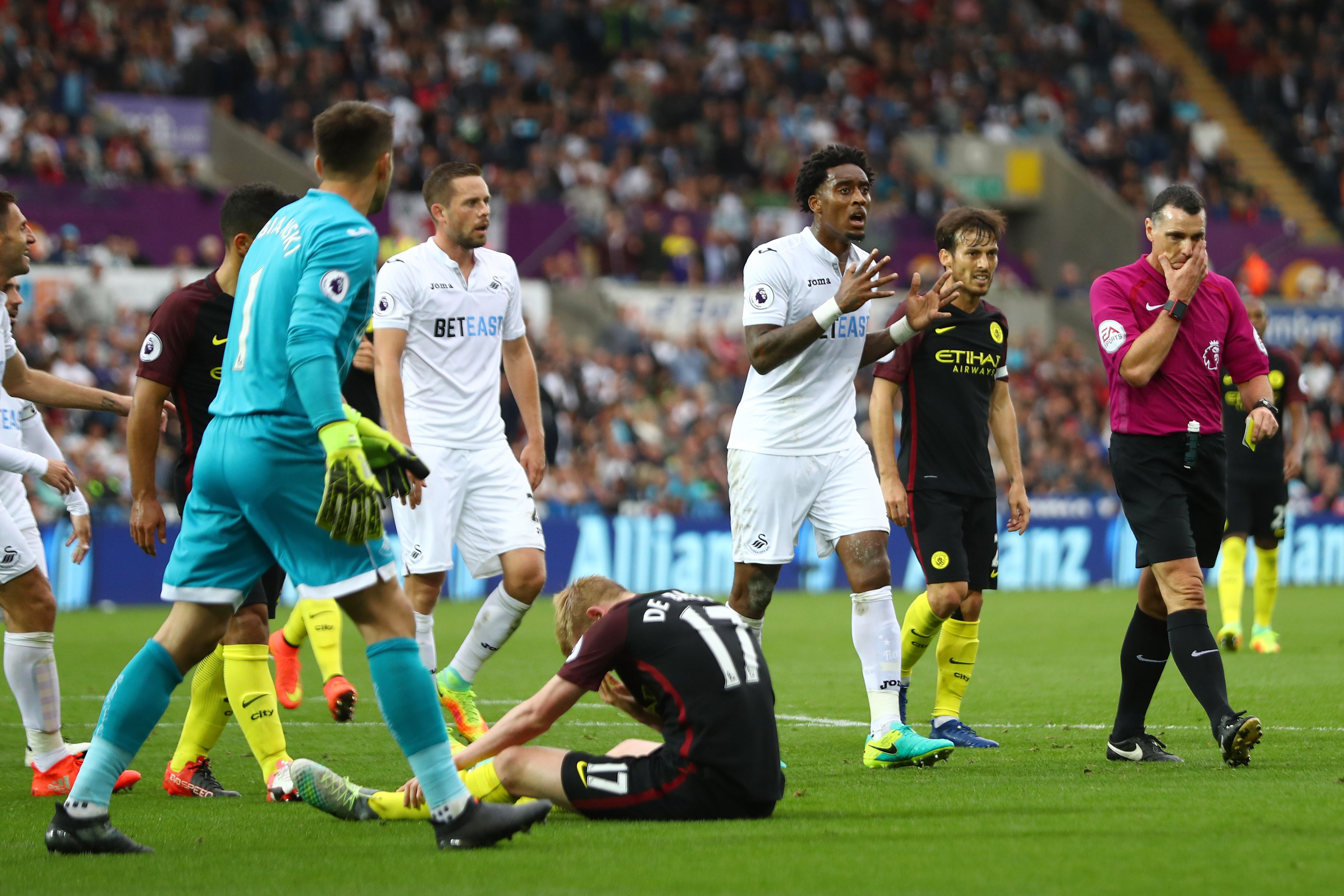 Manchester City Injury Update: De Bruyne, Kompany & Delph