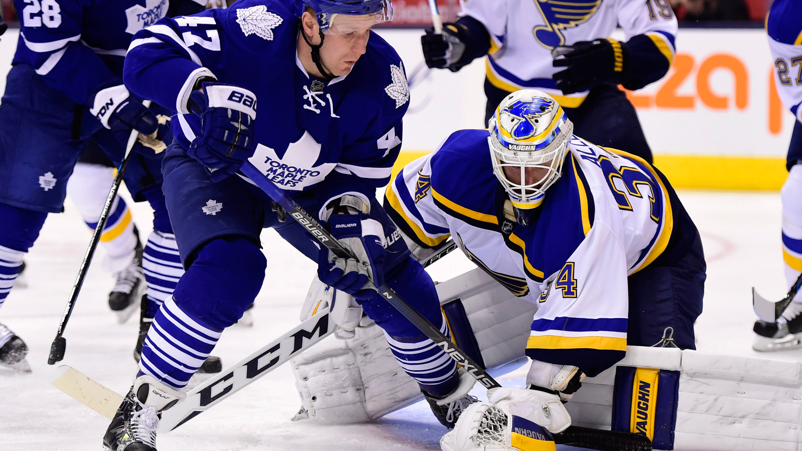 Blues give up three in final period, fall to Maple Leafs 4-1