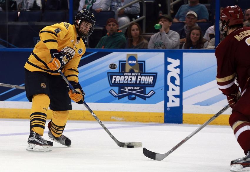 New York Islanders Top 25 Under 25: Devon Toews #15