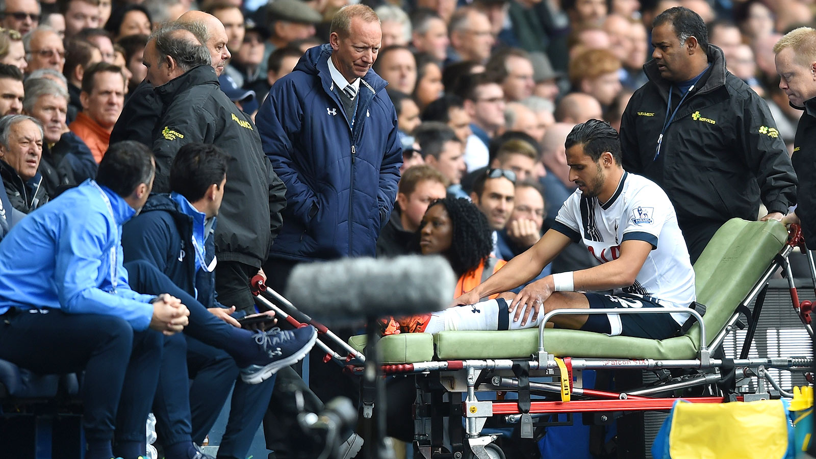 Tottenham winger Chadli out for six weeks with ankle injury
