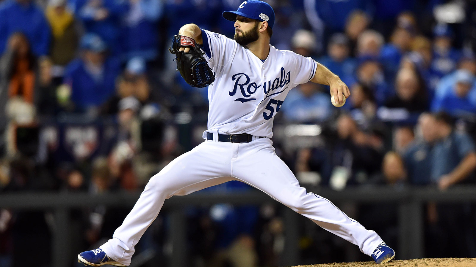 Royals, reliever Tim Collins agree to one-year deal
