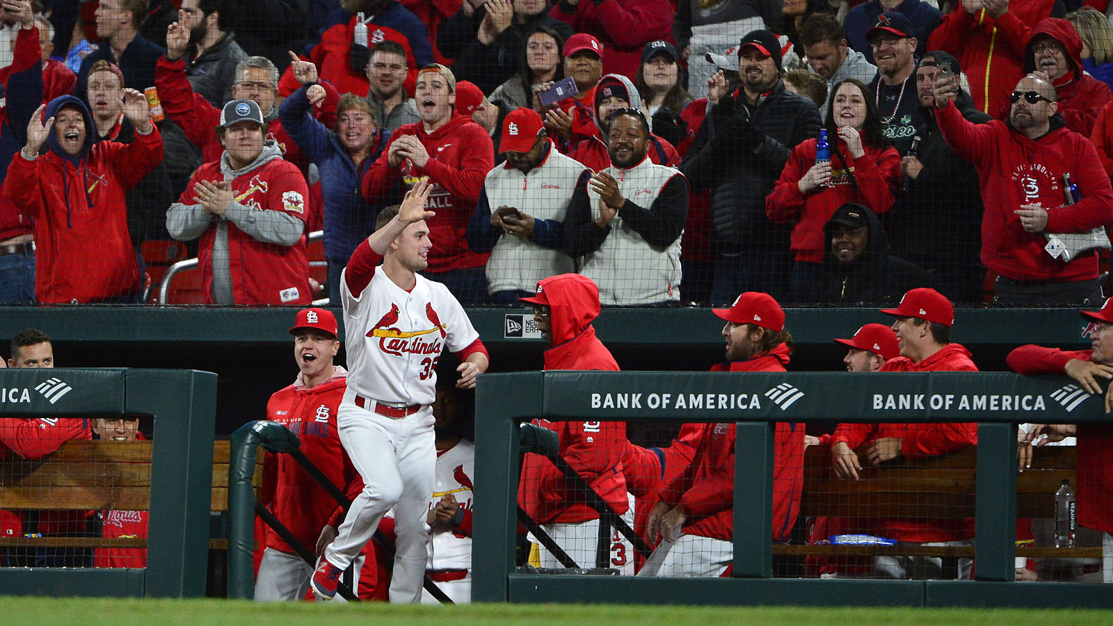 Cards recall Thomas, claim Mejía off waivers from Angels
