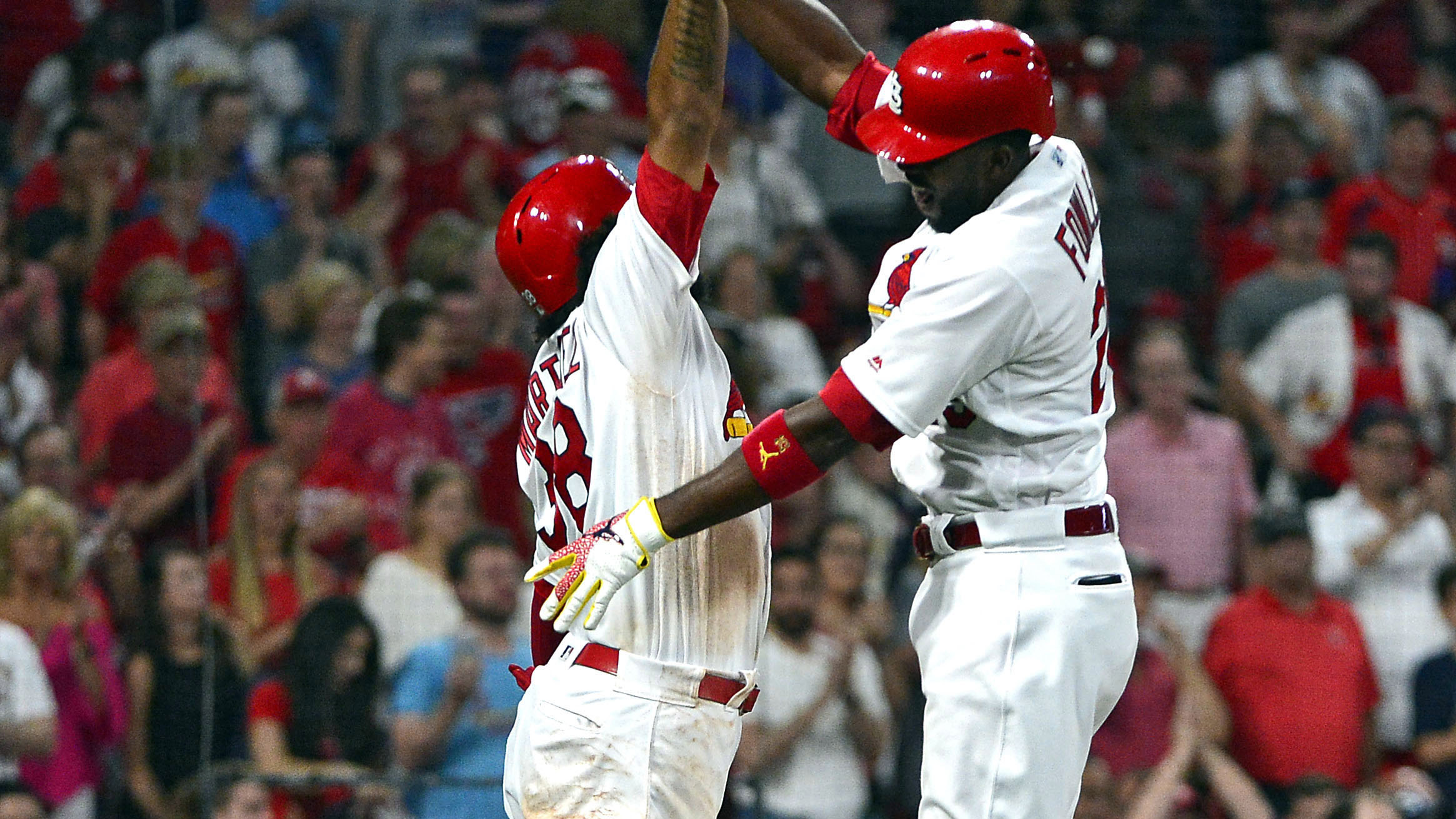 Fowler's four-hit night, a seven-run seventh lift Cards to 13-5 win over Brewers