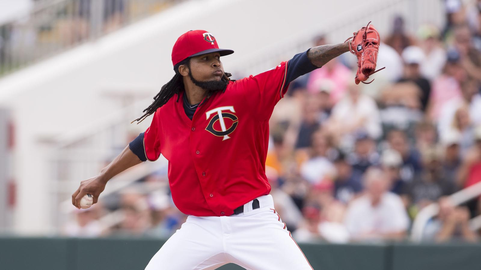 Twins name Ervin Santana opening-day starter