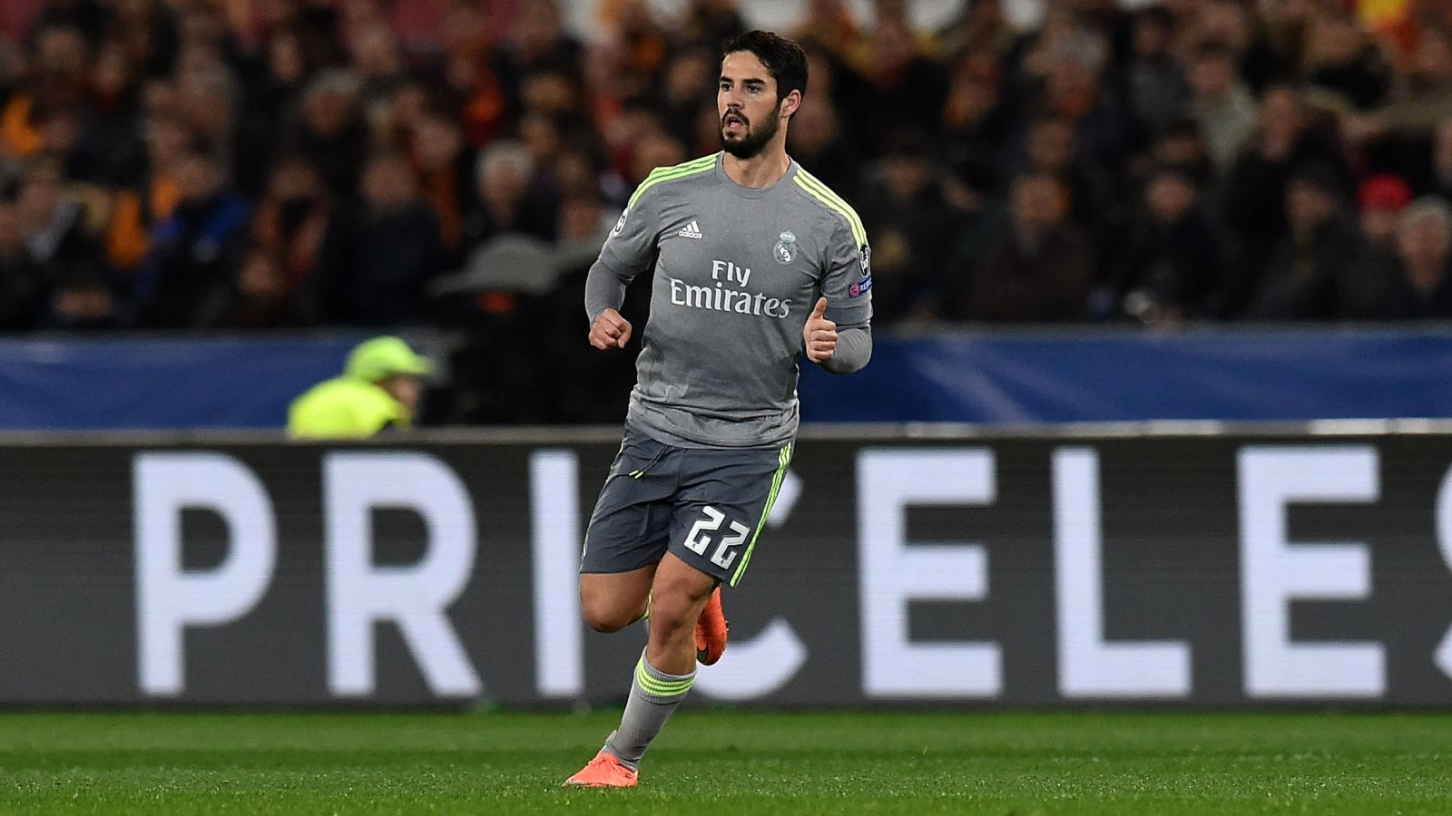 Man City, Juventus to compete for Real Madrid midfielder Isco