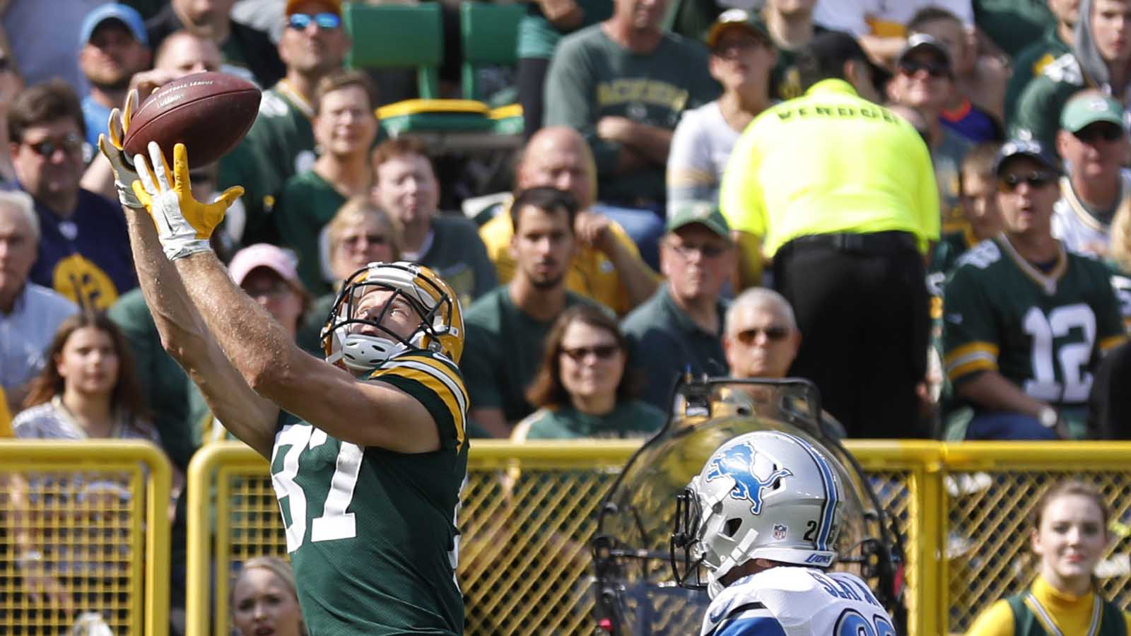 Upon Further Review: Packers' offense in rhythm in win over Lions