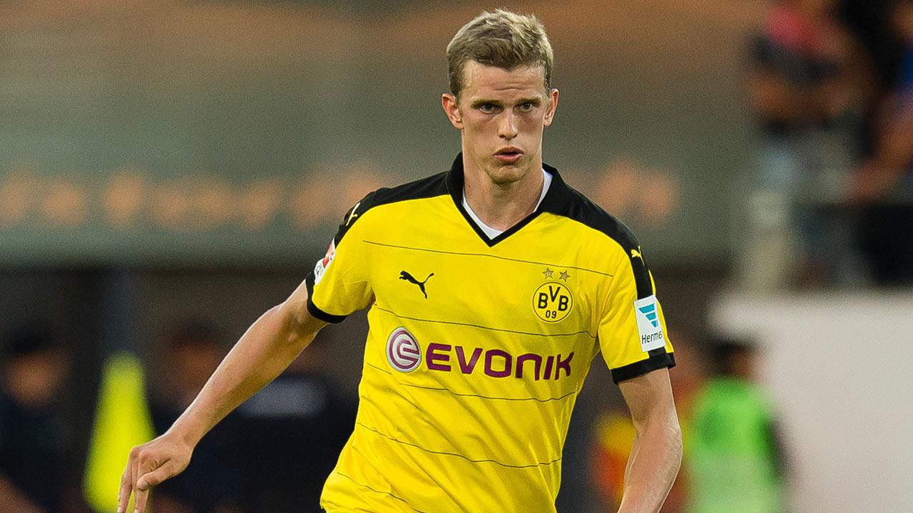 Dortmund boss Tuchel plans to keep reported Spurs target Bender