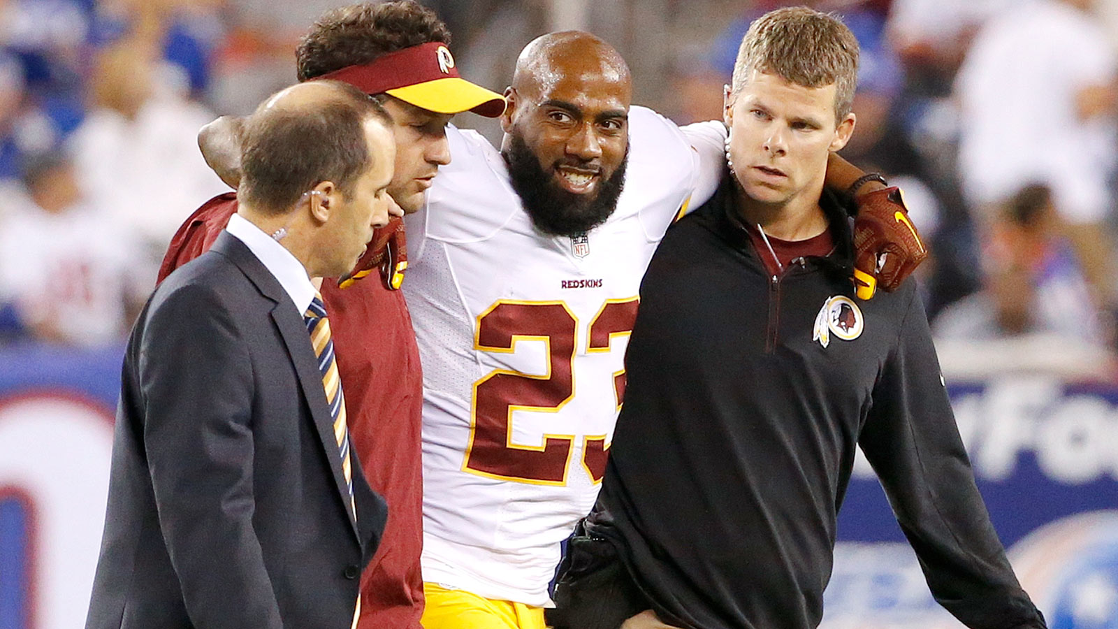 Redskins' Hall out 3-4 weeks with sprained toe