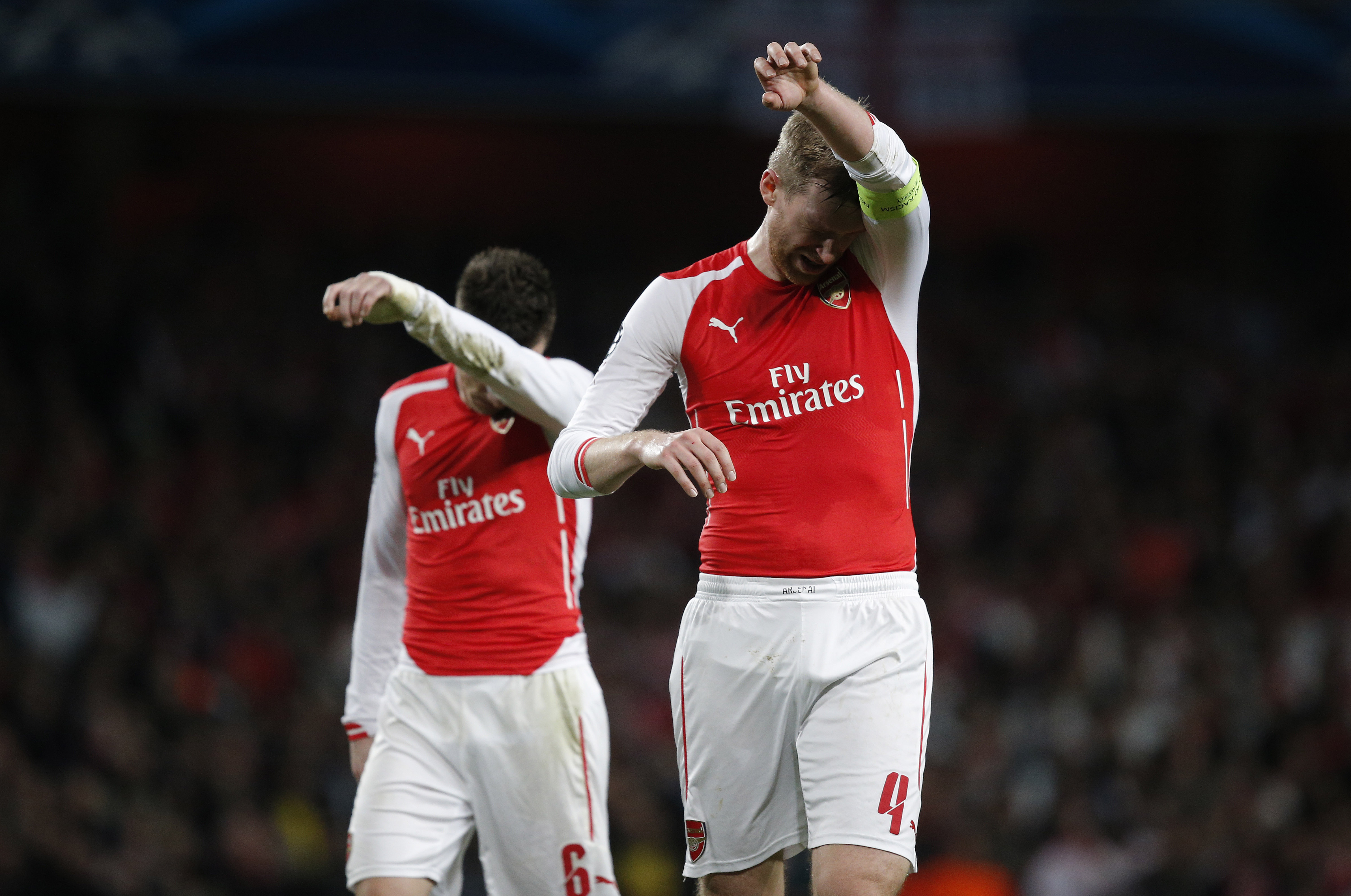 Arsenal: Koscielny And Mertesacker Contracts Raise Huge Problems