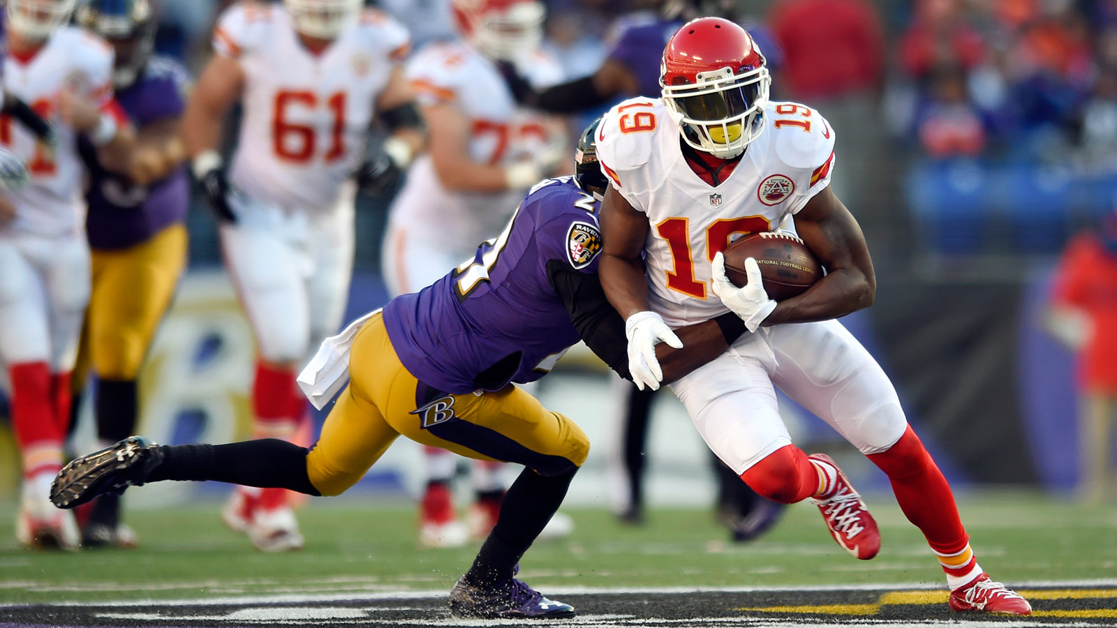AFC West title is within reach for streaking Chiefs