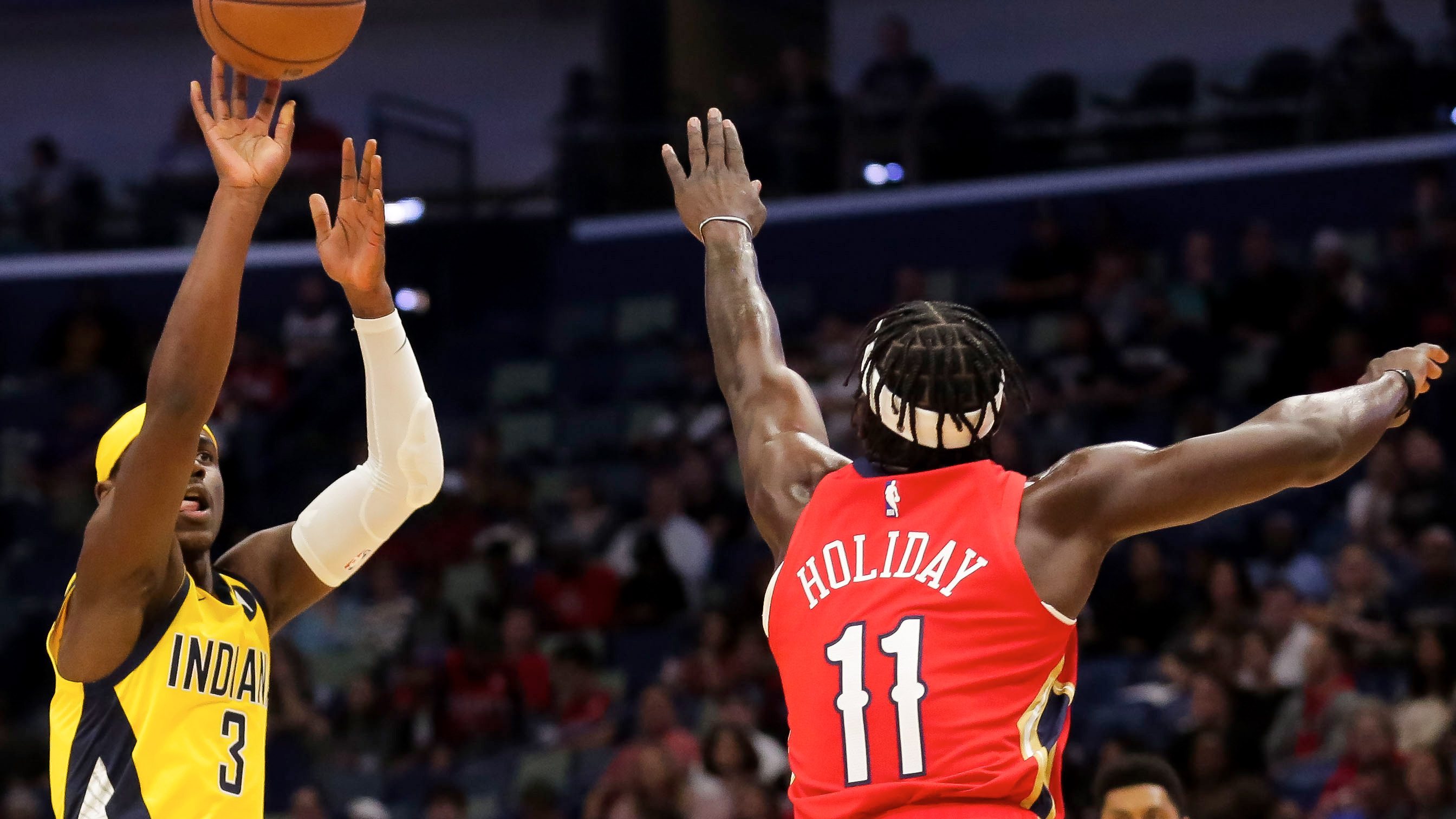 Aaron Holiday scores 25 in Pacers' 120-98 loss to Pelicans