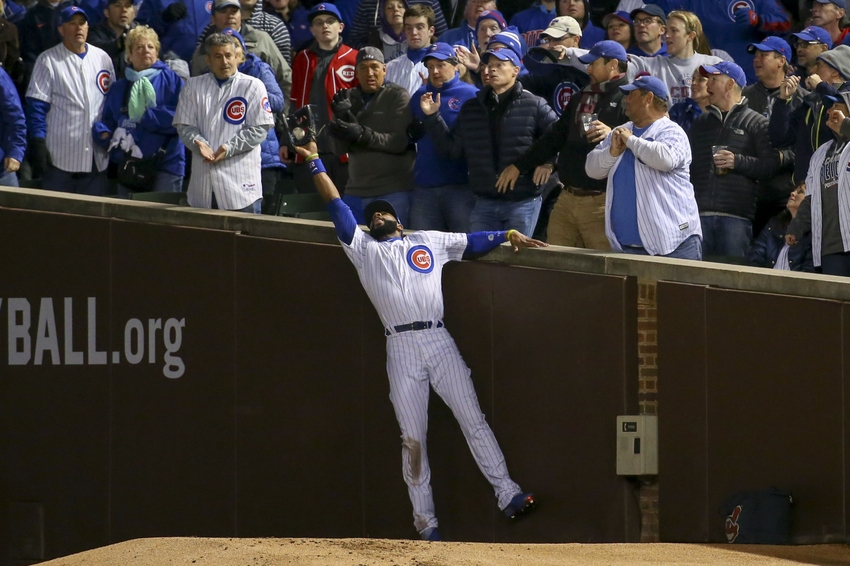 Jason Heyward goes Spiderman on this catch at Wrigley (Video)