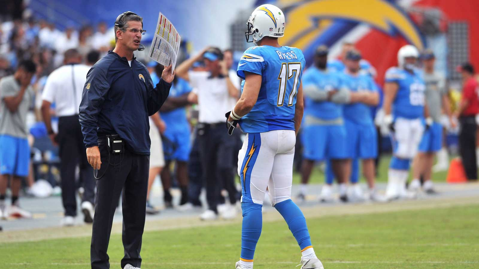 Embarrassed for 3 quarters, Chargers lose 37-29 to Raiders