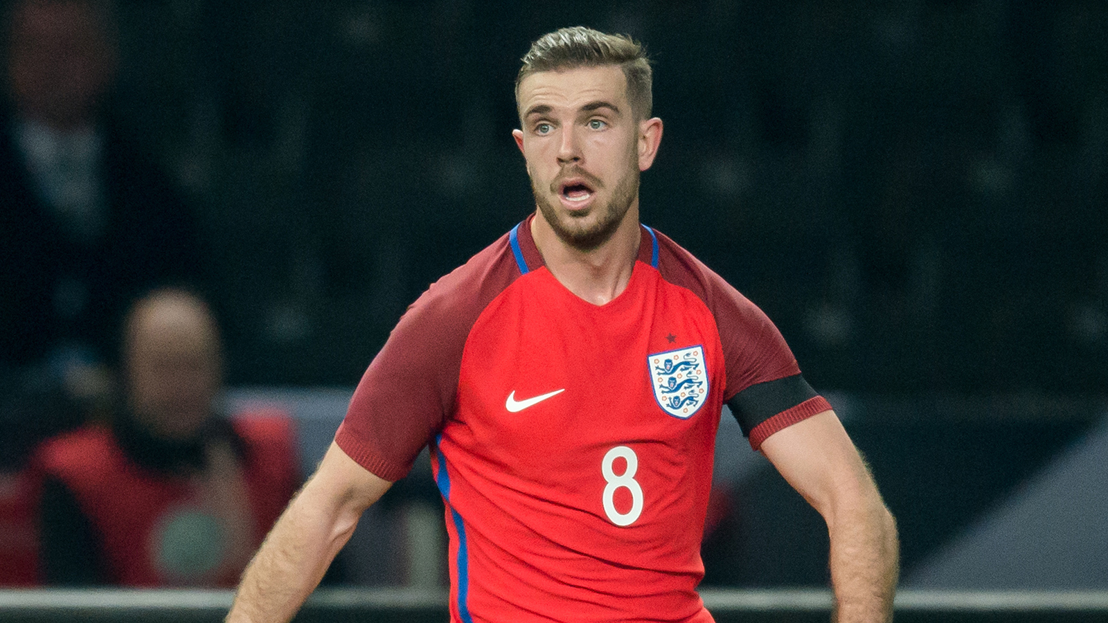 England's Henderson a doubt for Euro 2016 after picking up knee injury