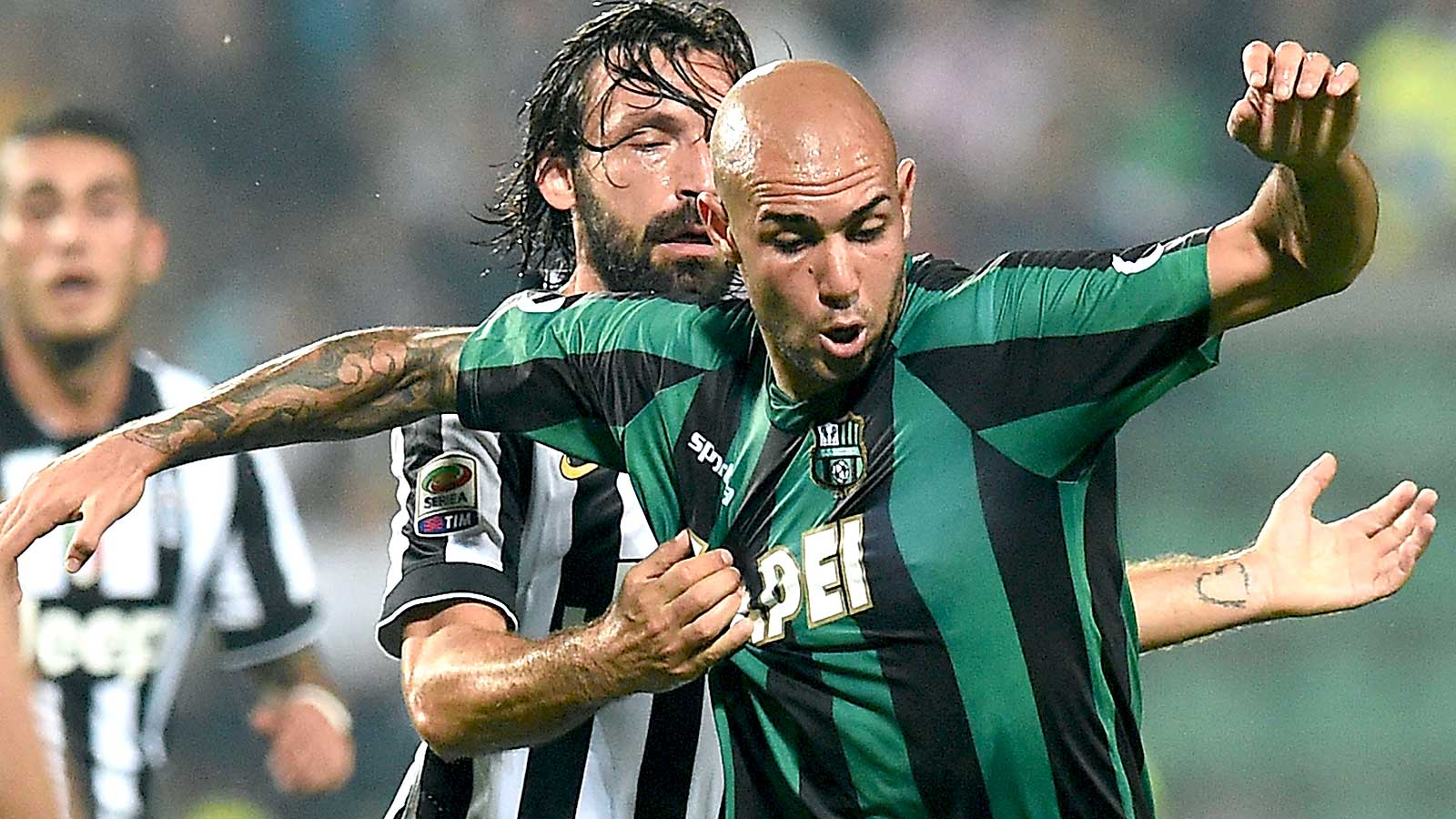 Juventus sign striker Zaza on five-year deal from Sassuolo