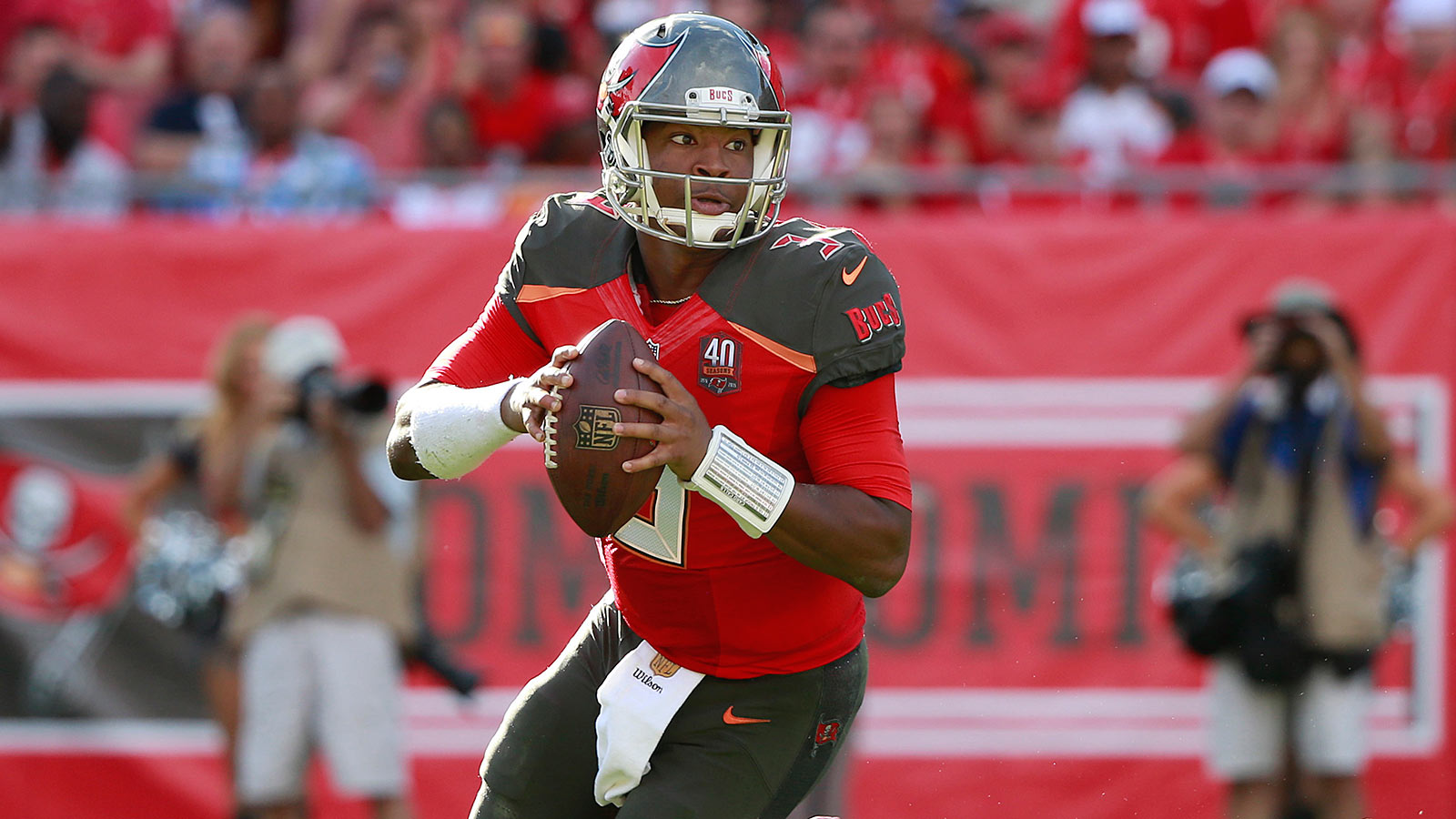 Tampa Bay Buccaneers: 7 building blocks for 2016