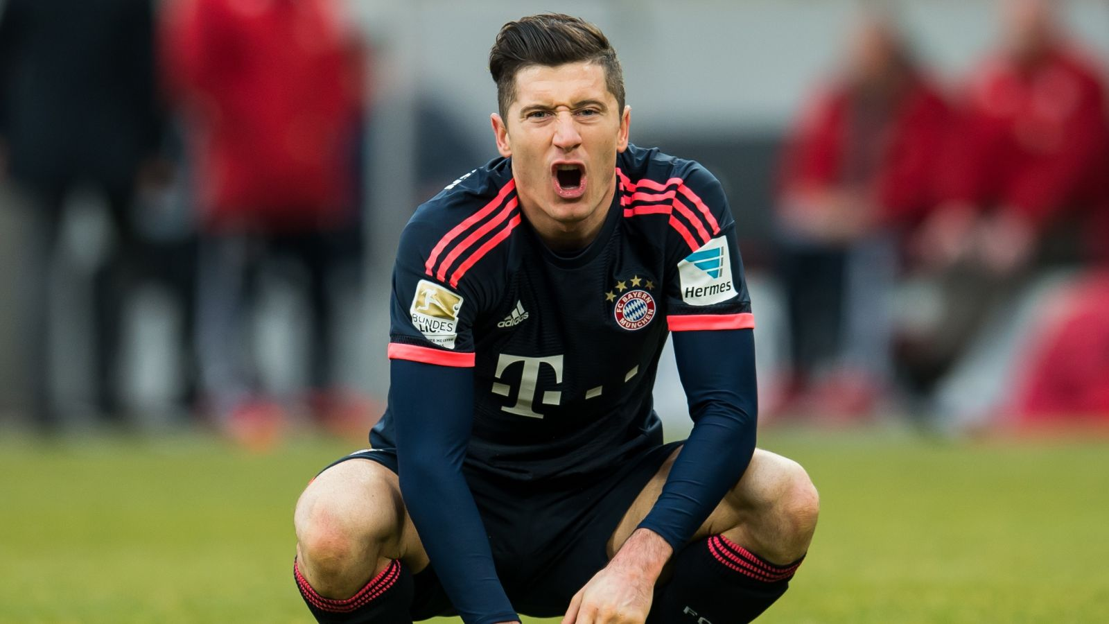 Guardiola wants to pair Lewandowski with Aguero at Man City