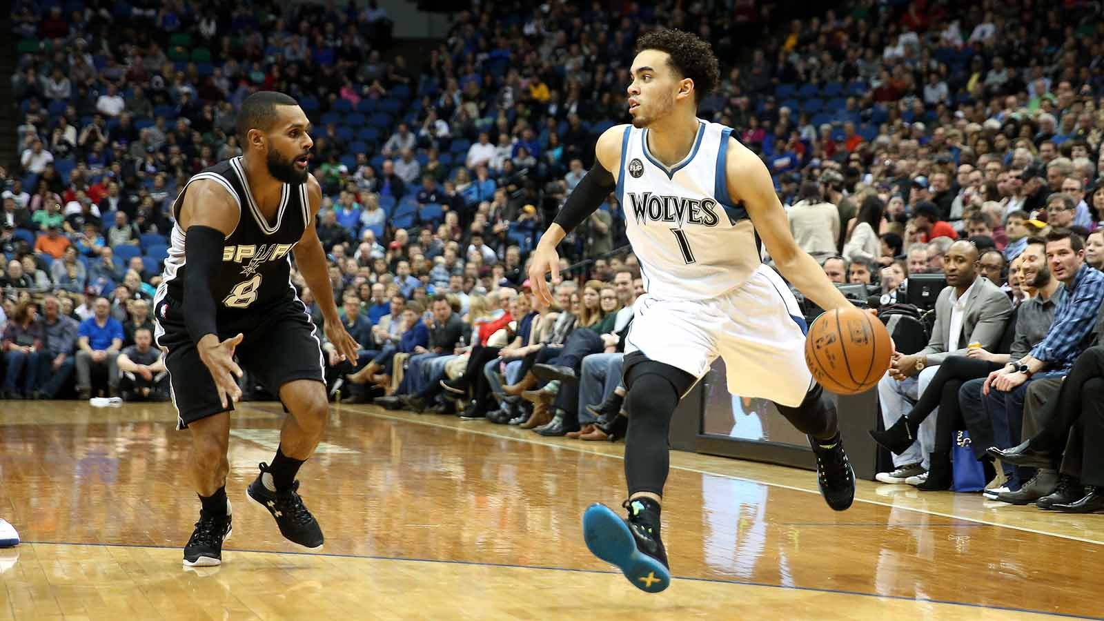 Twi-lights: Wolves vs. Spurs