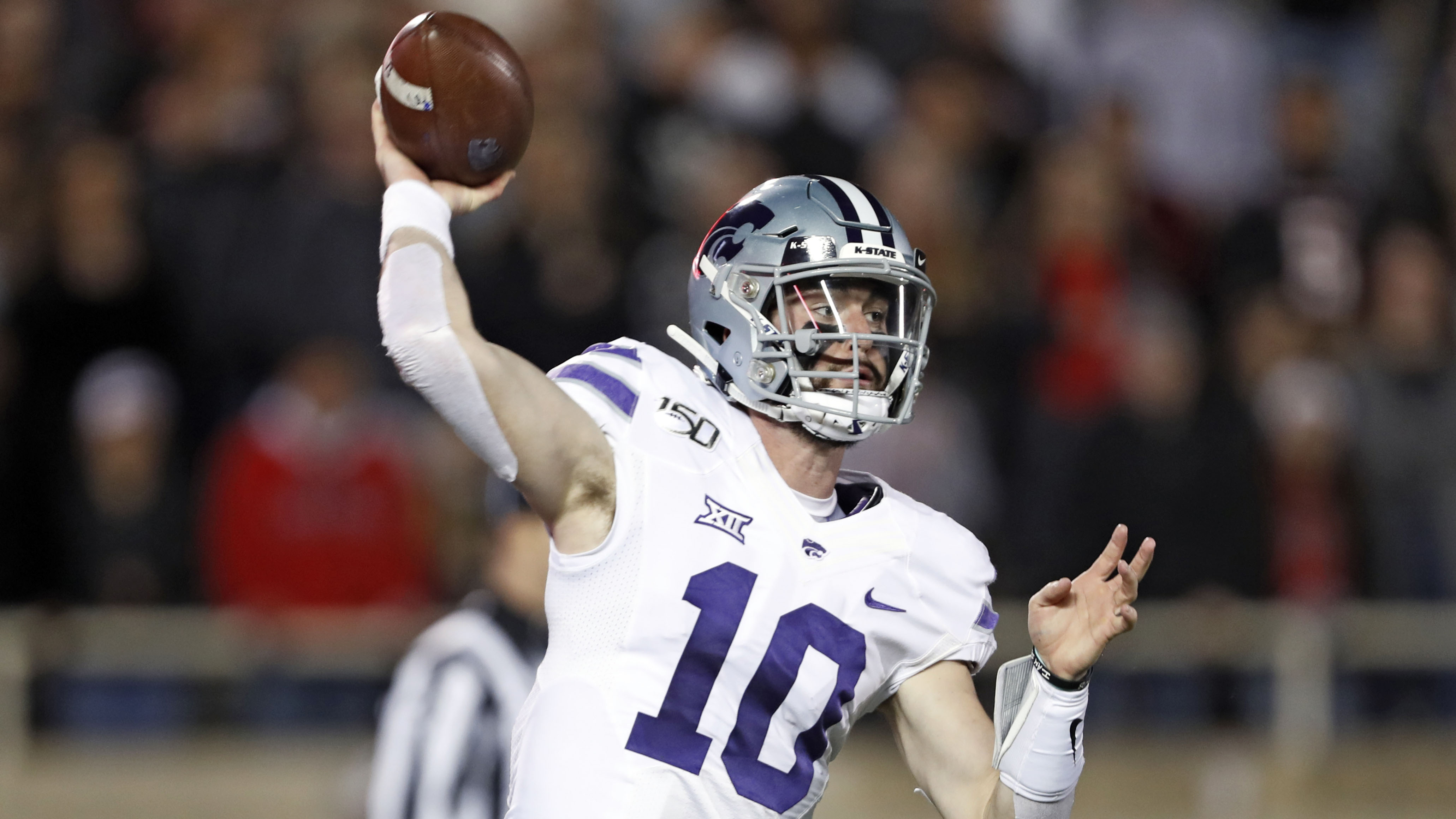 Thompson's big night leads Kansas State to 30-27 win over Texas Tech
