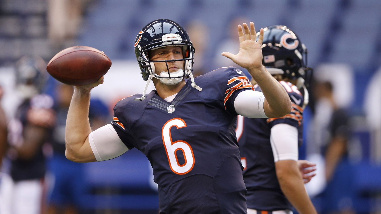 Cutler makes up for INT as Bears beat Raiders 22-20