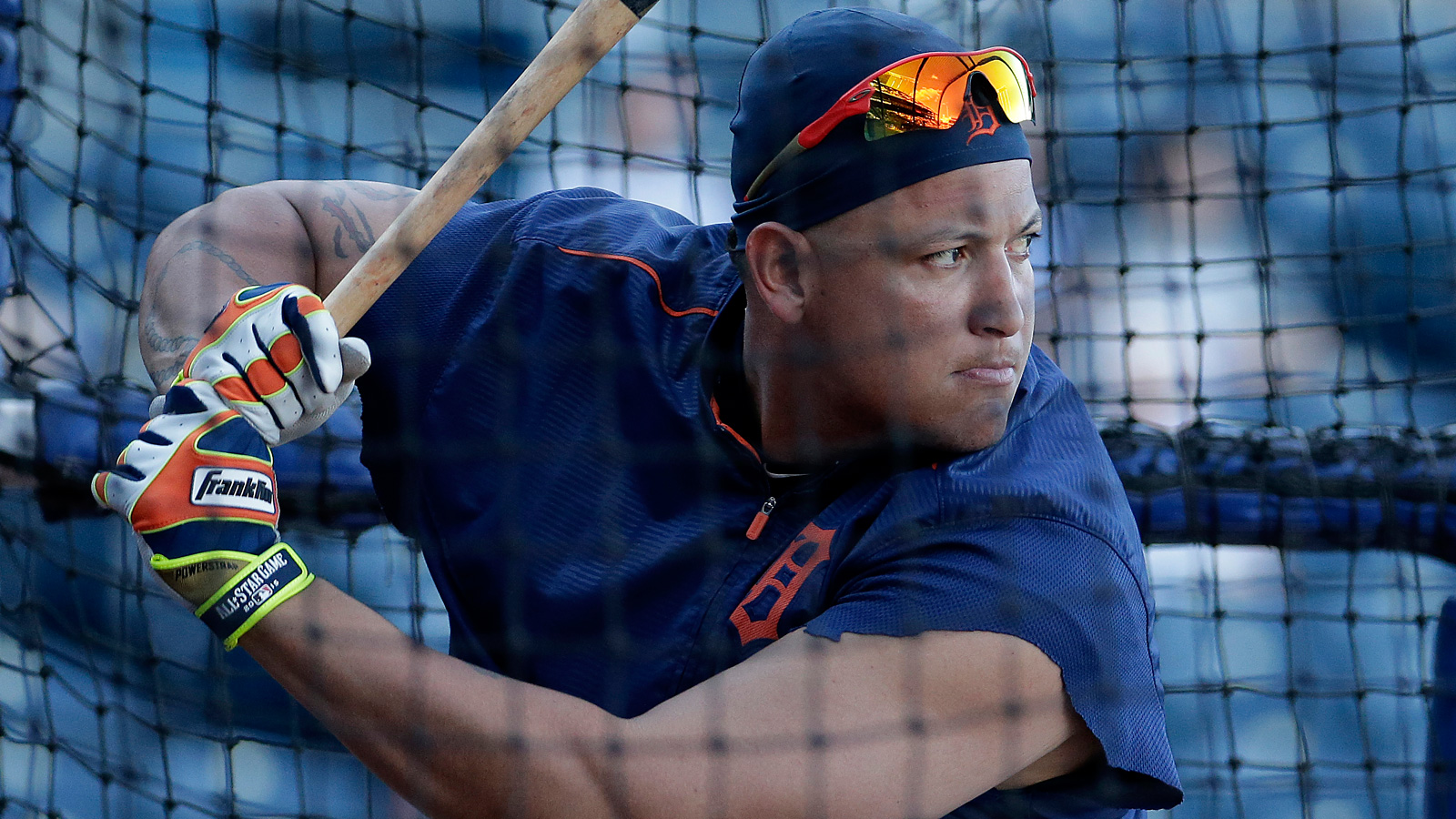 MLB Quick Hits: Tigers' Cabrera targets Friday return