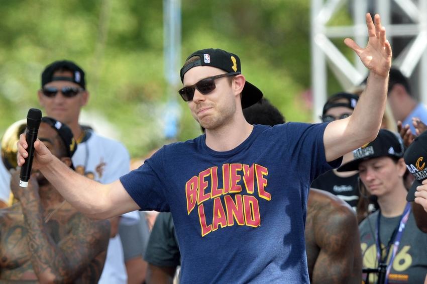 Milwaukee Bucks Daily: Matthew Dellavedova Set For Cleveland Matchup