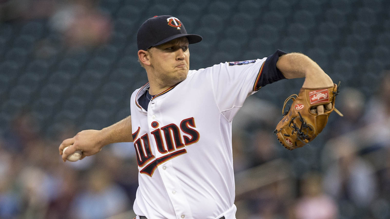 Twins recall Duffey for spot start, option Polanco
