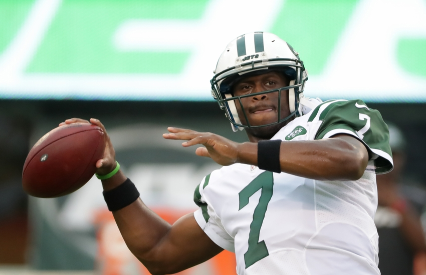 Geno Smith honors 9/11 first responder in season opener