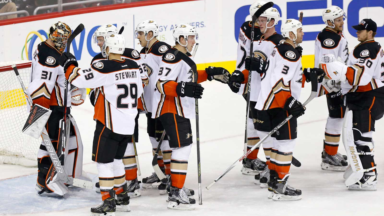 Ducks clinch Pacific Division with win over Capitals