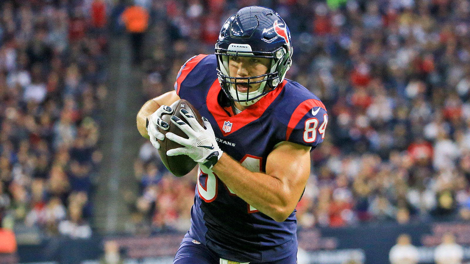 Texans rediscover tight ends in win over Saints