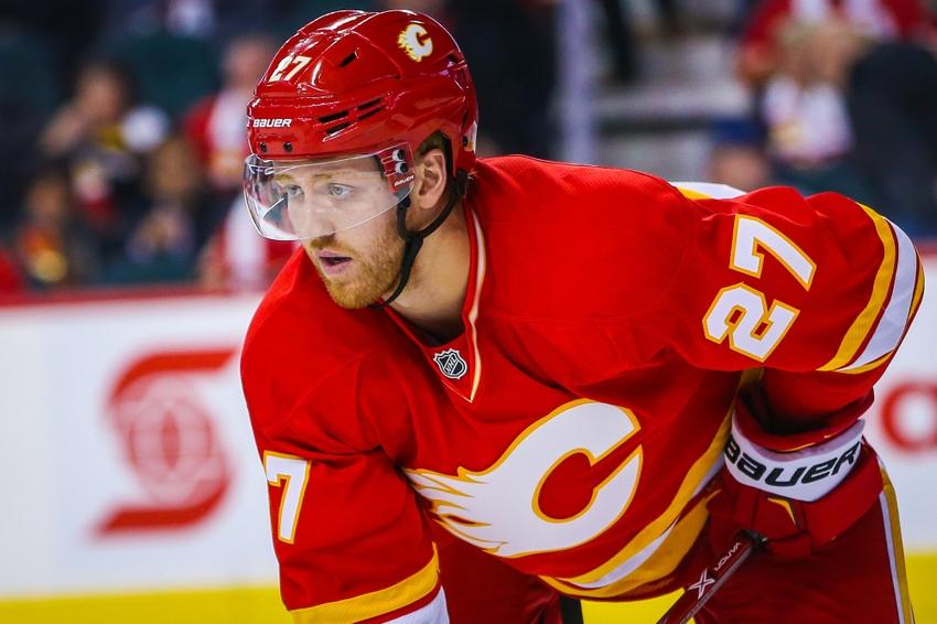 NHL Trade Rumors: Ryan Miller to Kings, Dougie Hamilton on the move again?