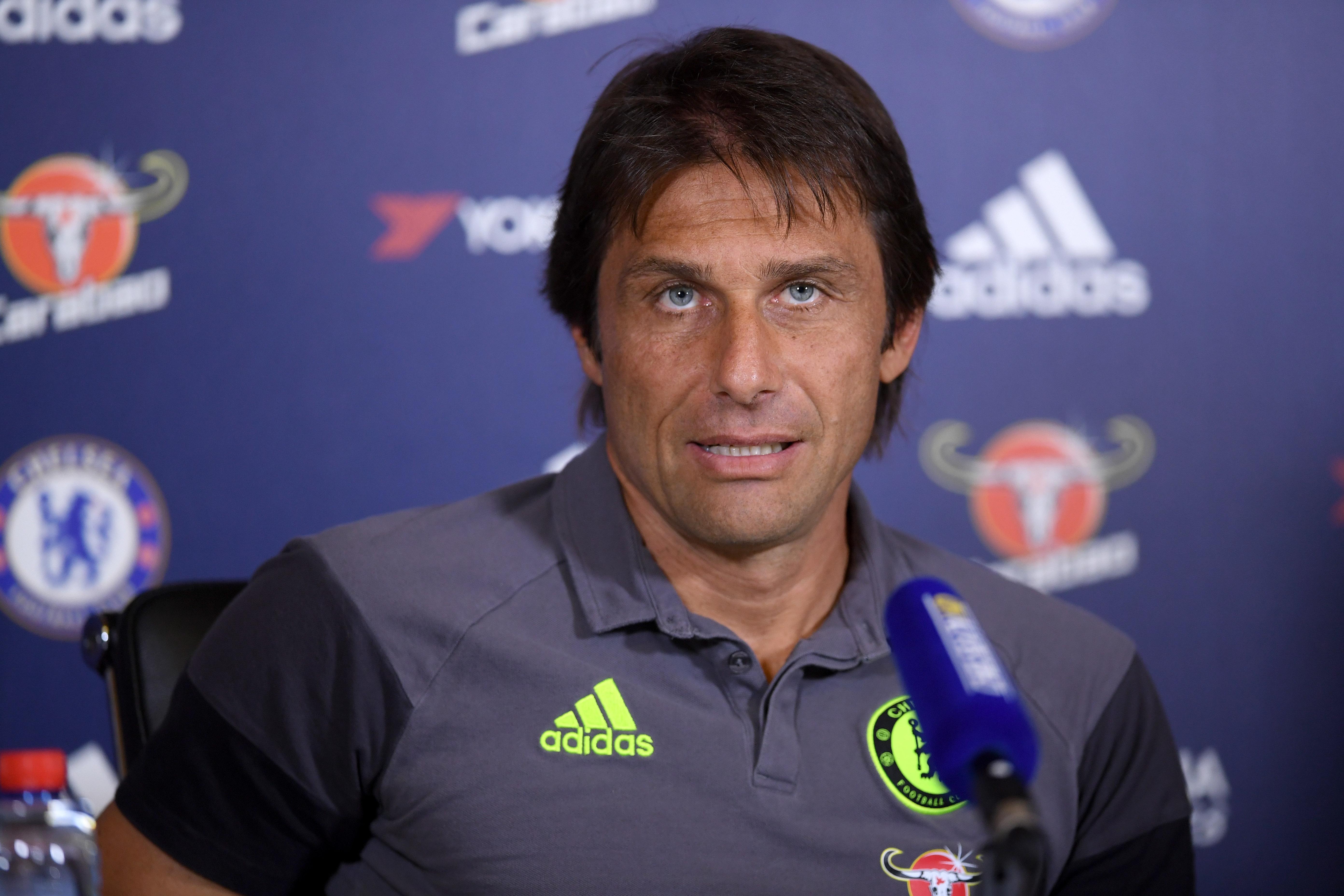 Chelsea tricks: Antonio Conte is driving up Cesc Fabregas' transfer value