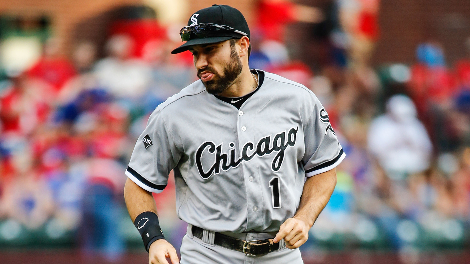 White Sox send Adam Eaton to Nationals for three top prospects