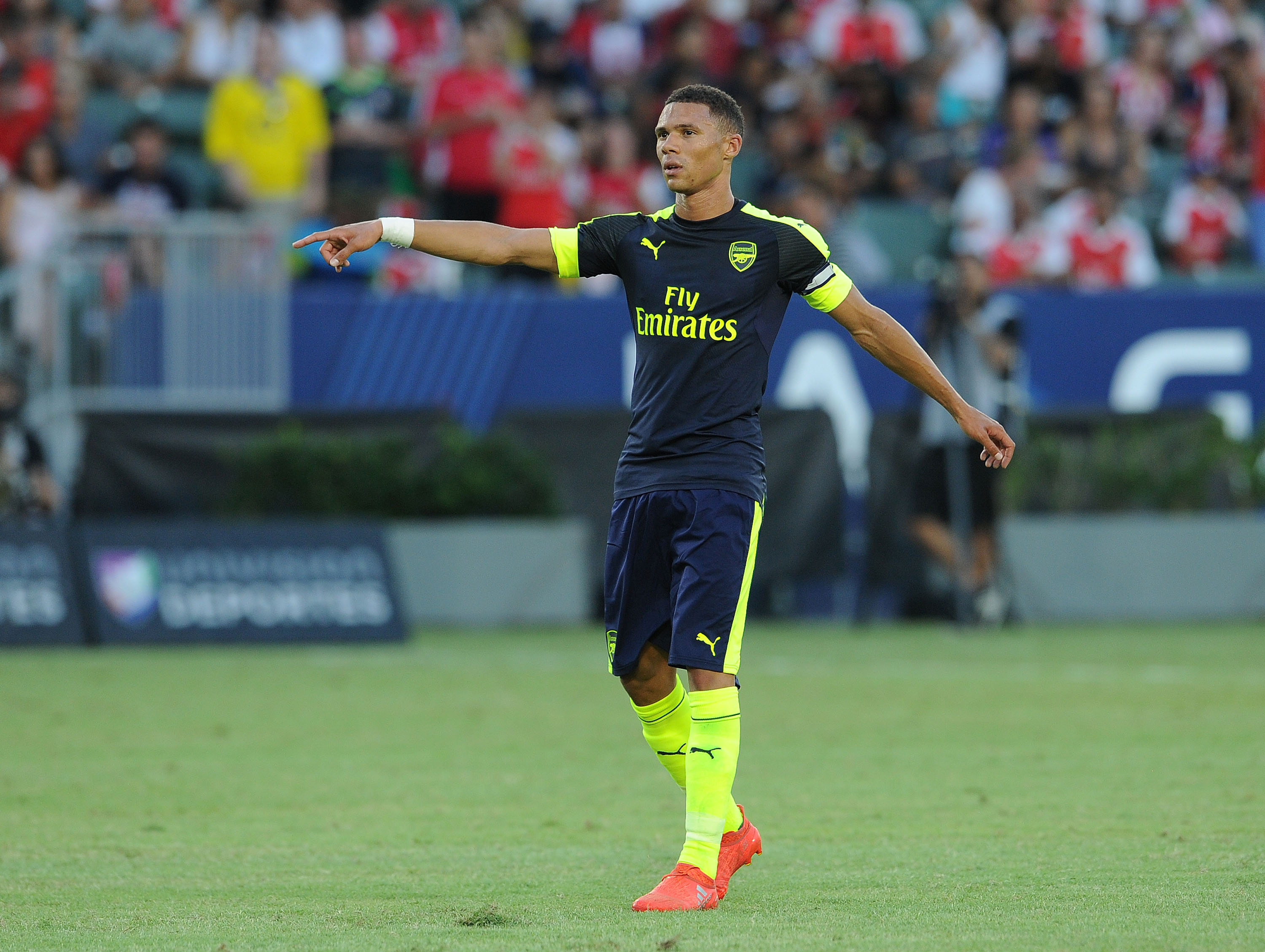 Arsenal: Kieran Gibbs Deserves Chance Over Nacho Monreal