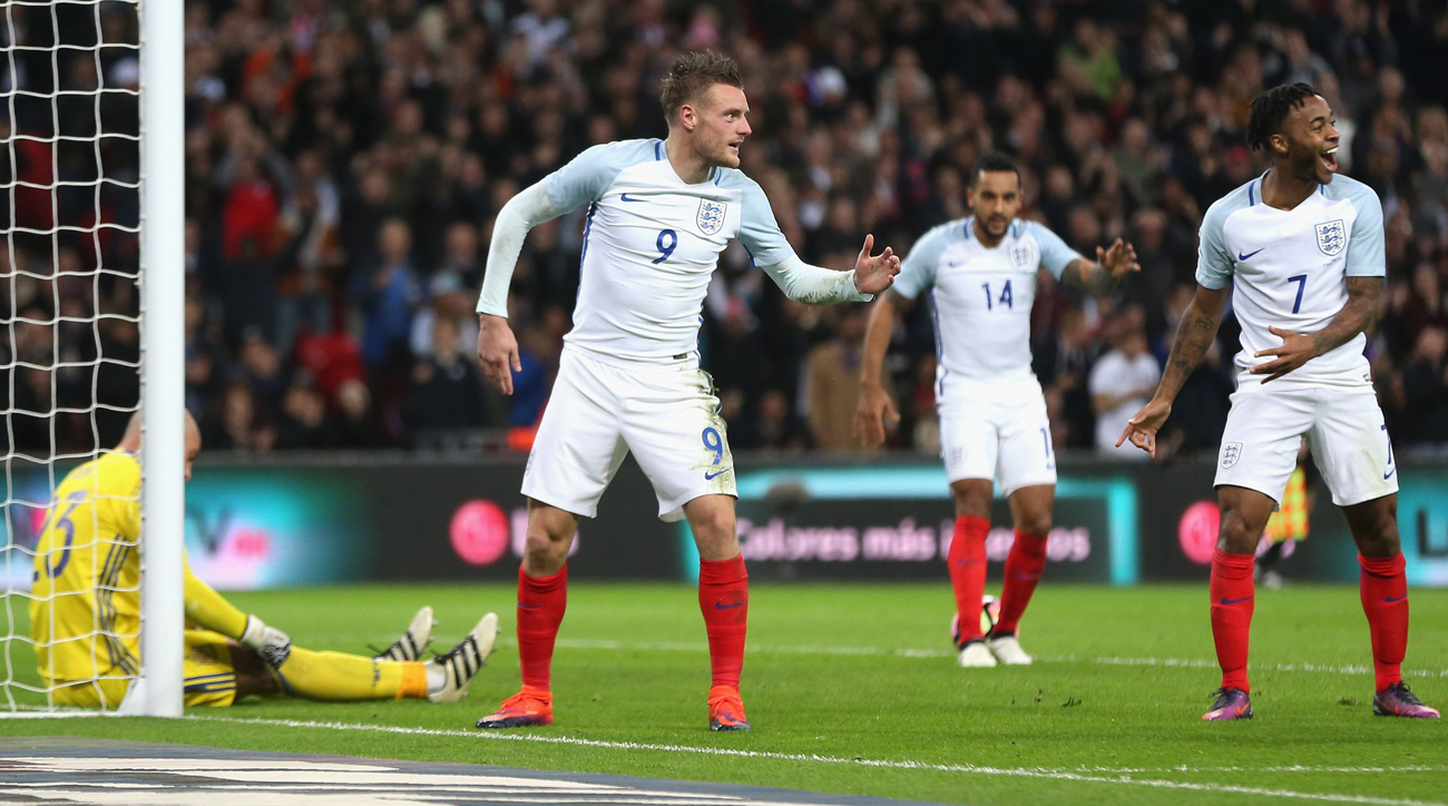 WATCH: Jamie Vardy scores, celebrates by doing Mannequin Challenge