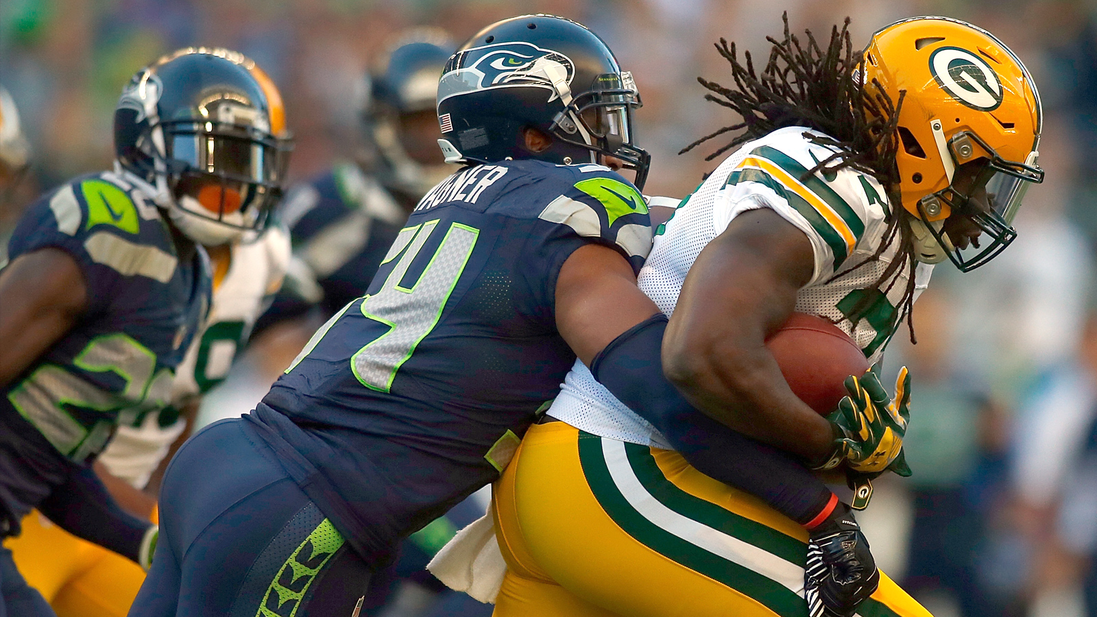 Bobby Wagner and Kam Chancellor praised by NFL.com as top tacklers