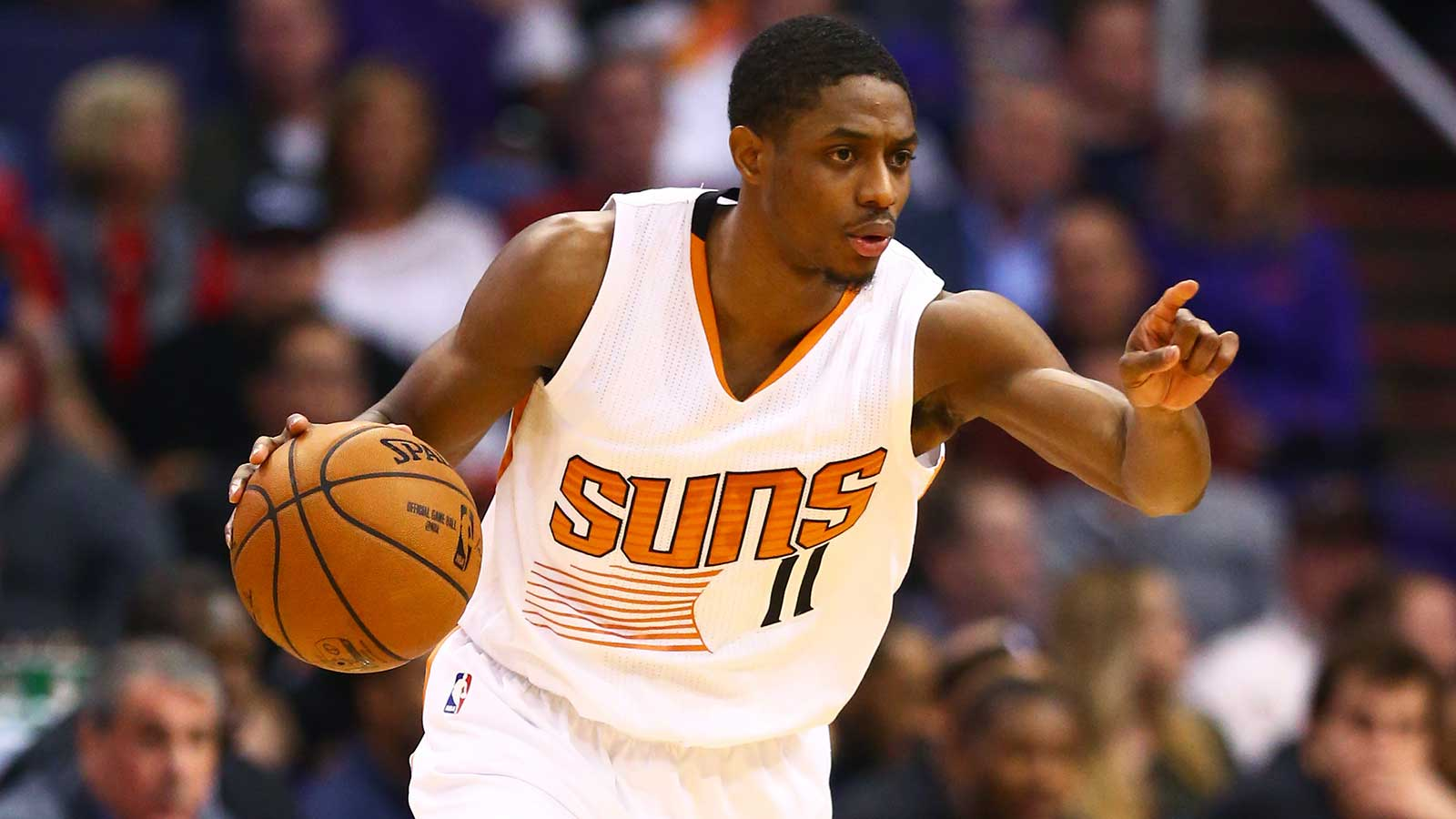 Suns' Brandon Knight tears ACL, expected to miss all of 2017-18 season