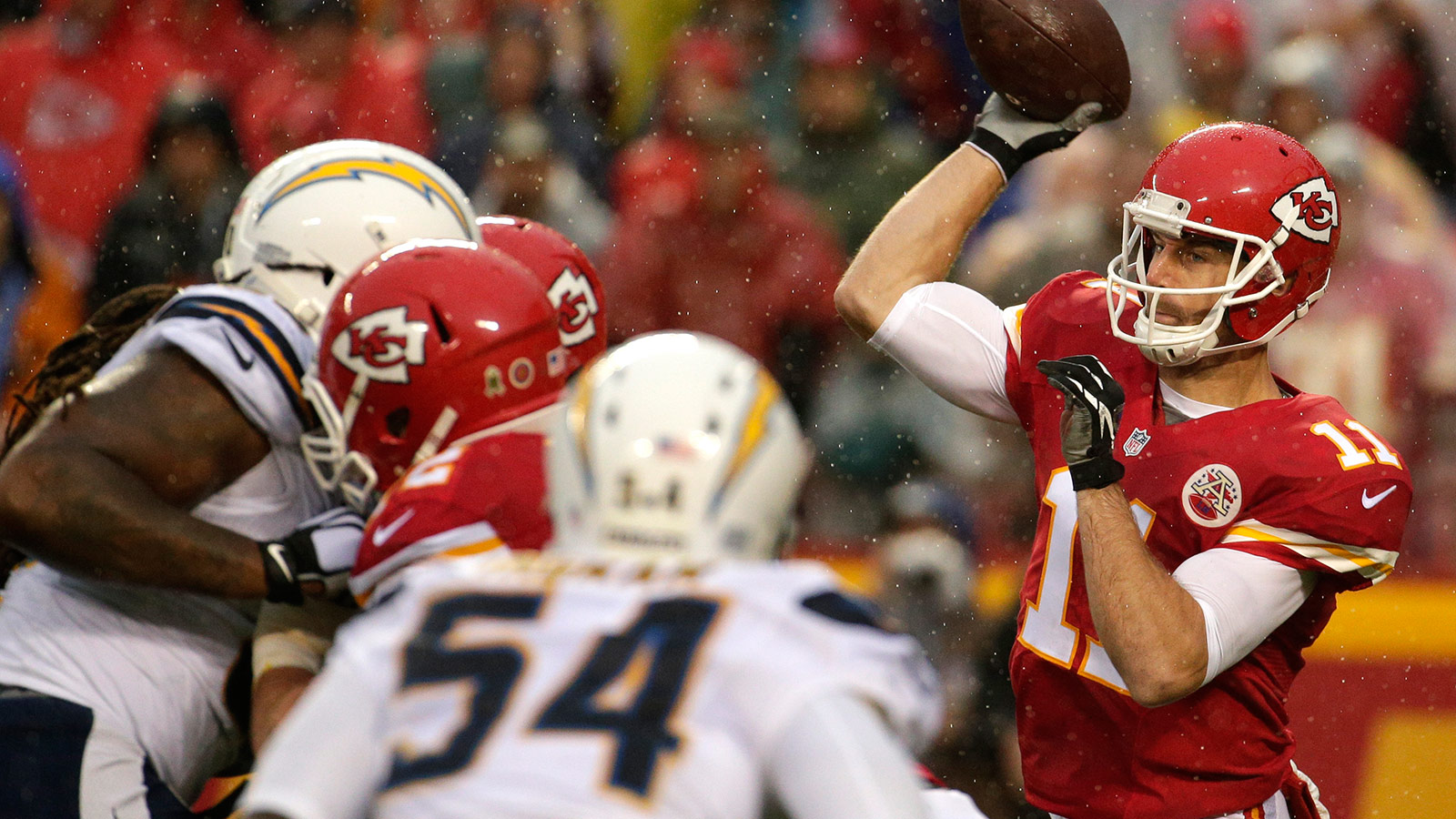 Alex Smith is a rarity among NFL QBs -- still rolling in Week 15