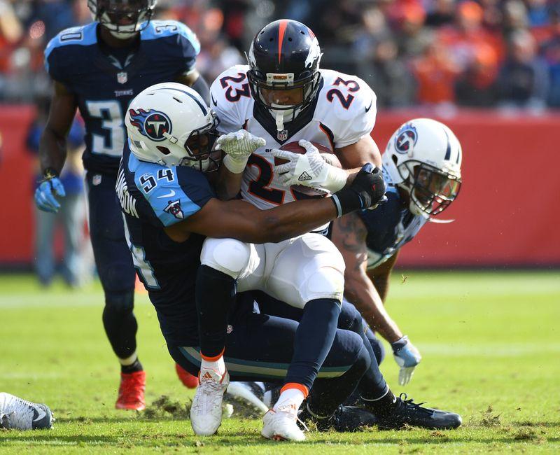 Denver Broncos: Devontae Booker struggling through rookie year