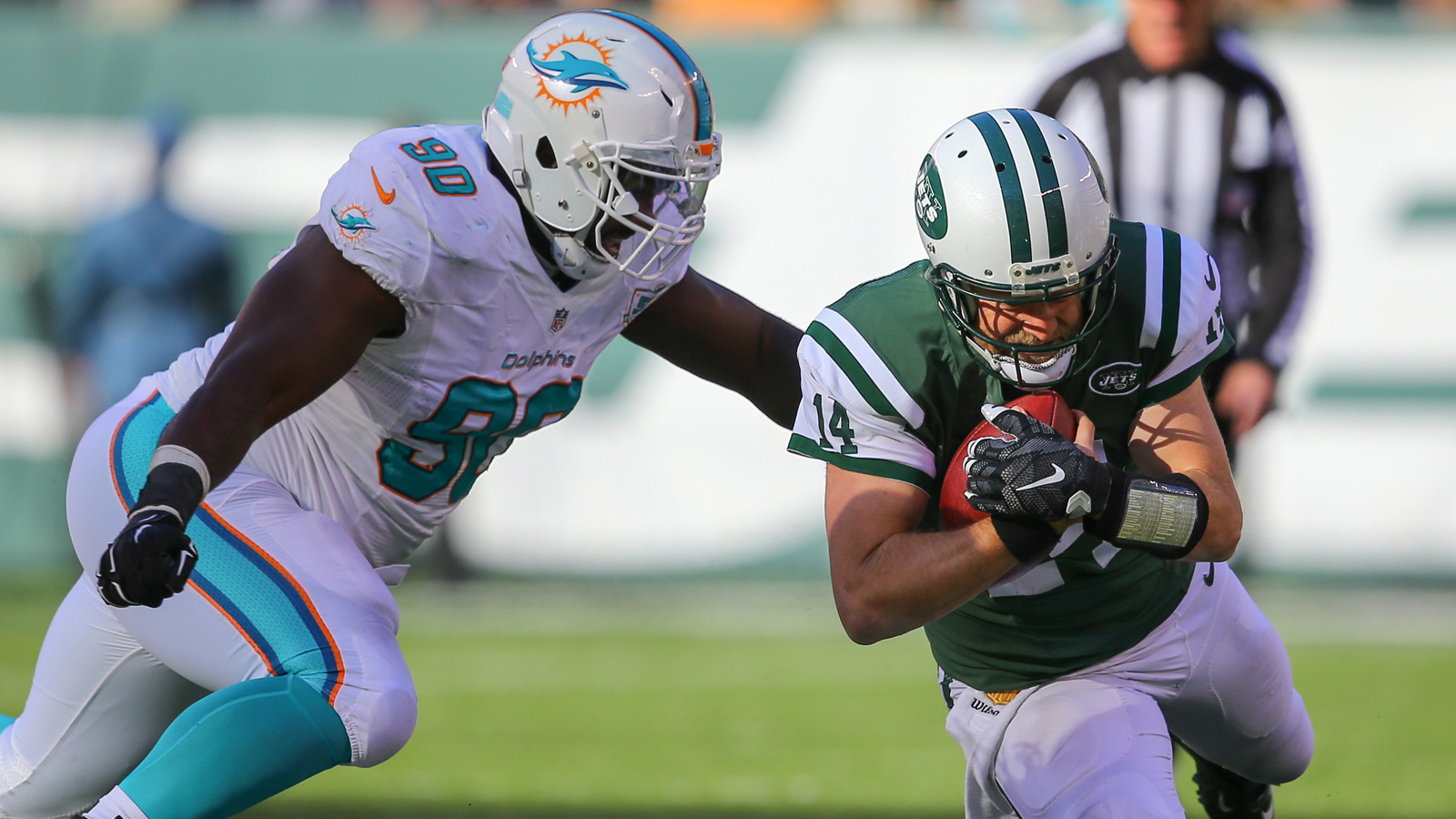 Earl Mitchell questionable for Dolphins but expected to play