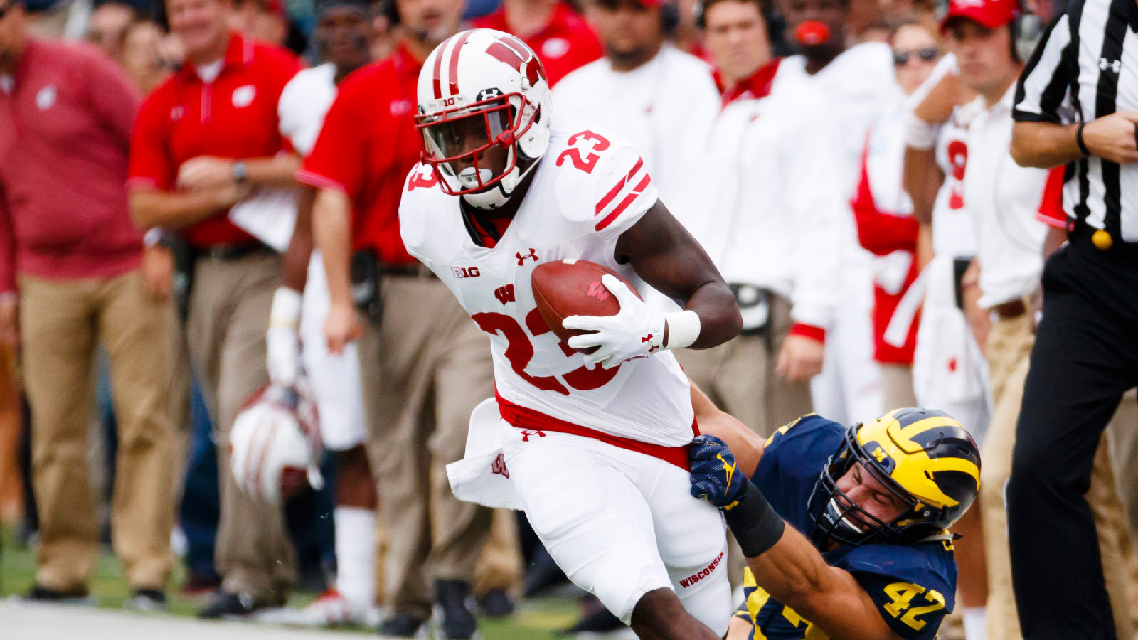 Badgers look to get running game rolling against Ohio State