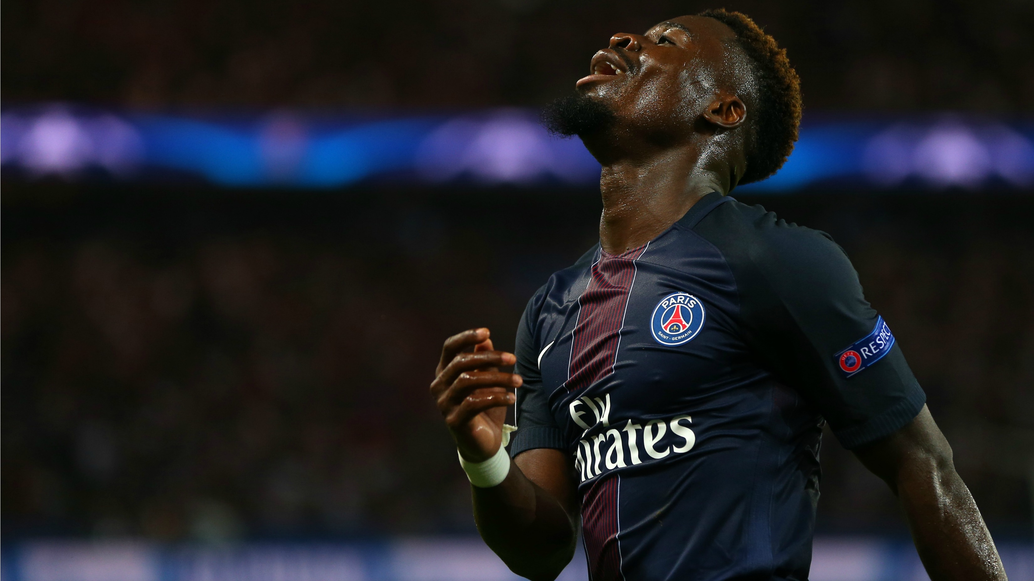 Serge Aurier to miss Arsenal-PSG after being denied entry to UK