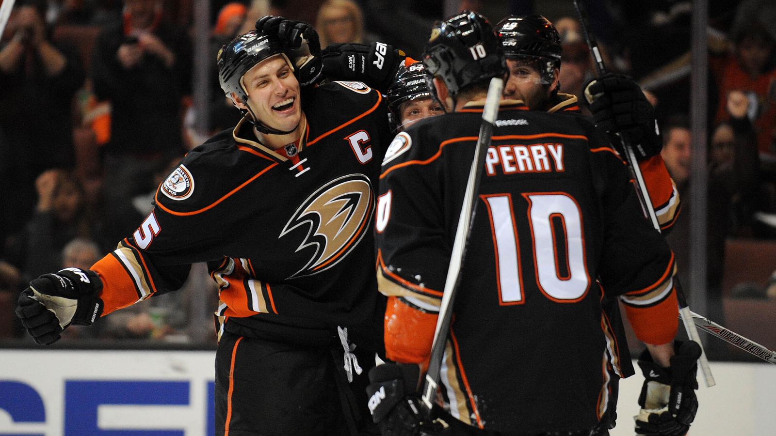 Penguins continue Stanley Cup defense vs. Ducks